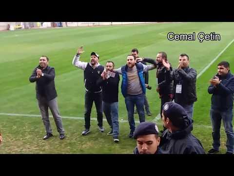 Bucaspor'umuz:3-1:Kastamonuspor maçı sonrası Başkan, Ahmet Doğan Maraton Tribünü önünde.