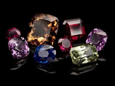 Precious stones. Treasure Hunters