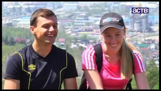 Сахалинец Олег Пикин сделал предложение своей девушке на вершине Эльбруса thumbnail