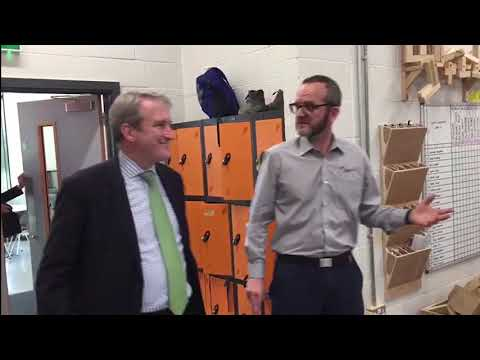 Damian Hinds Visits FSC for Love Our Colleges Week
