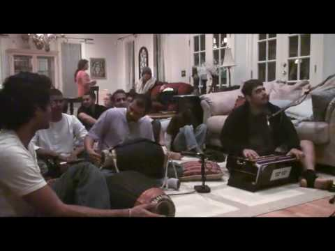 Bhajan - Amala Kirtan das - Hare Krishna - Thanksgiving