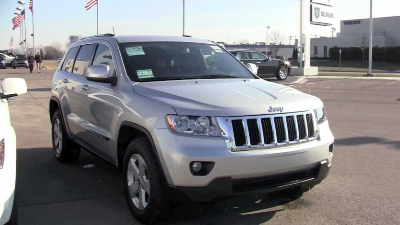 2012 jeep grand cherokee laredo 4x4 youtube. Black Bedroom Furniture Sets. Home Design Ideas