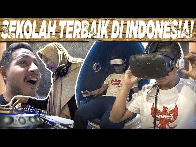 School Tour Episode 1 Part 1 | SMK Raden Umar Said Kudus | SkinnyIndonesian24