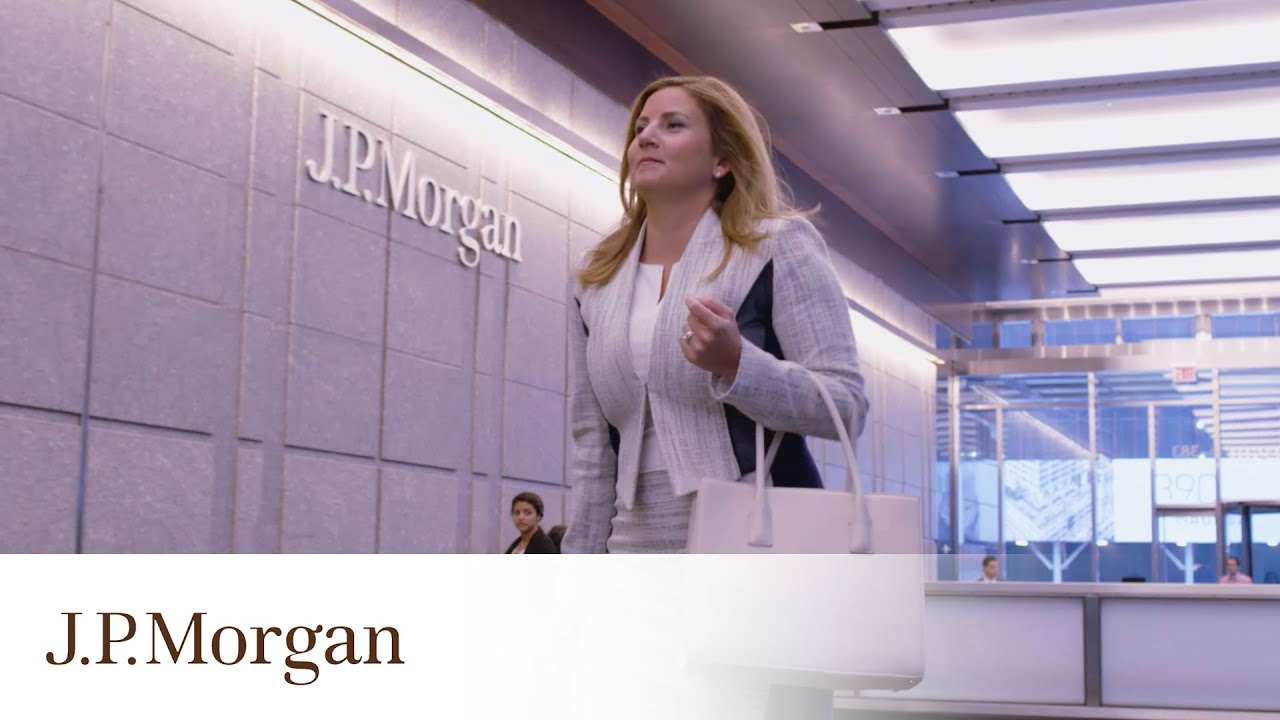 Day in the Life of a Corporate Banker | J P  Morgan
