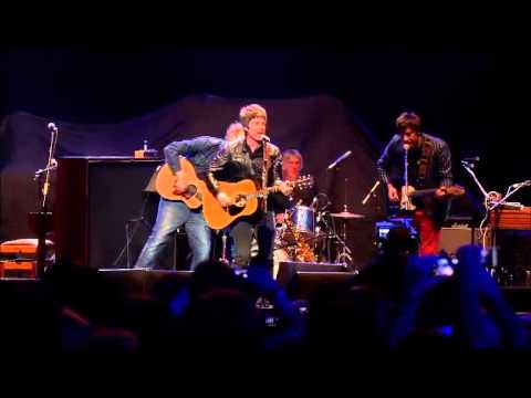 Damon Albarn, Graham Coxon, Noel Gallagher, Paul Weller - Tender (Teenage Cancer Trust gig)