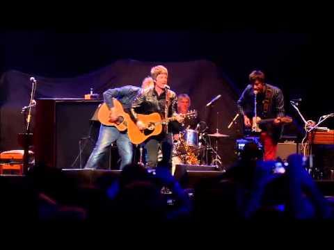 Damon Albarn, Graham Coxon, Noel Gallagher, Paul Weller - Tender (Teenage Cancer Trust gig)