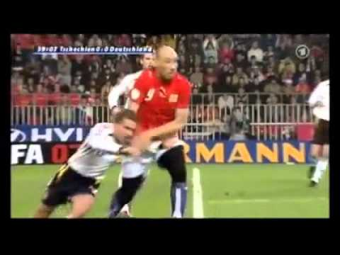 Philipp Lahm  vs Jan Koller