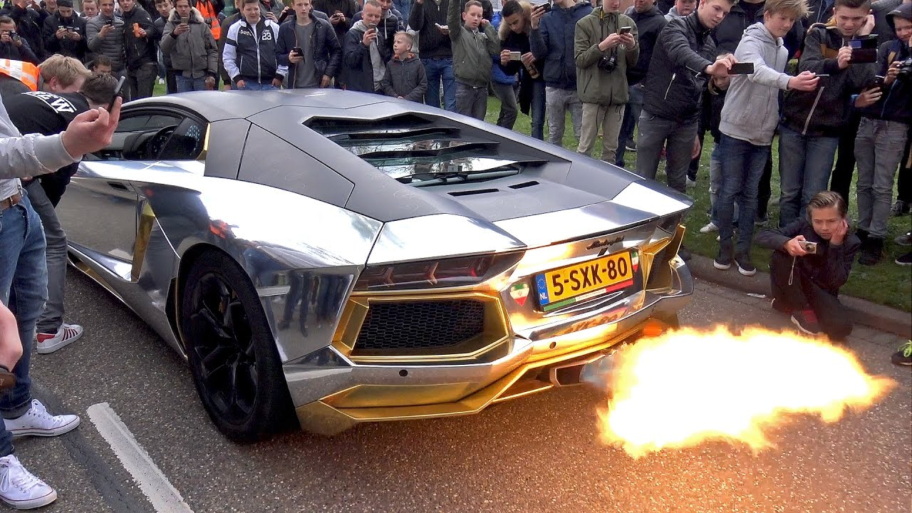 Lamborghini Aventador EPIC FLAMETHROWER Makes Crowd Go Crazy!!