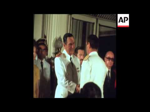 SYND 1-1-74 PRESIDENT PERON ATTENDS DIPLOMATIC RECEPTION
