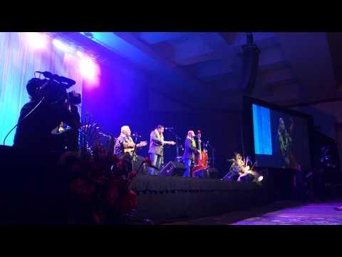Richard Hoopii performs with Na Hoa at the Na Hoku Hanohano Awards 2015