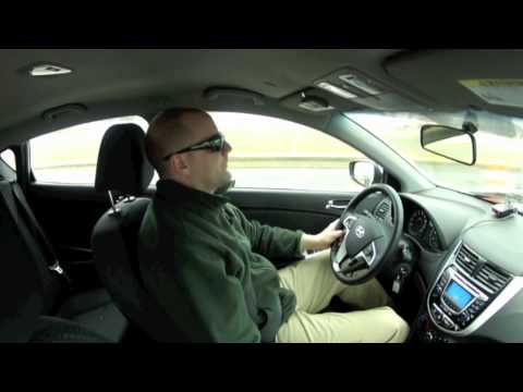Video Review Test Drive of the 2012 Hyundai Accent SE 6 MT