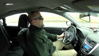 Video Review & Test Drive of the  2012 Hyundai Accent SE 6 MT