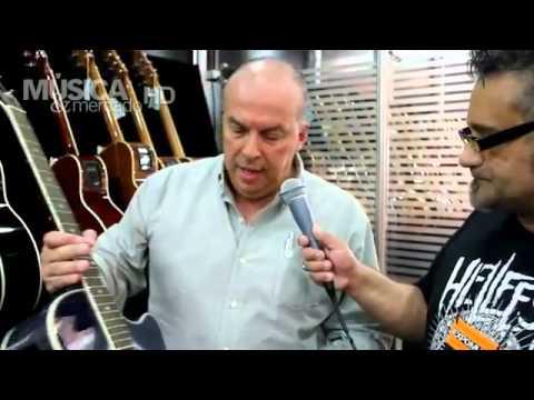 Música Mercado Di Giorgio apresenta seus violões de cordas de aço na Expomusic 2011
