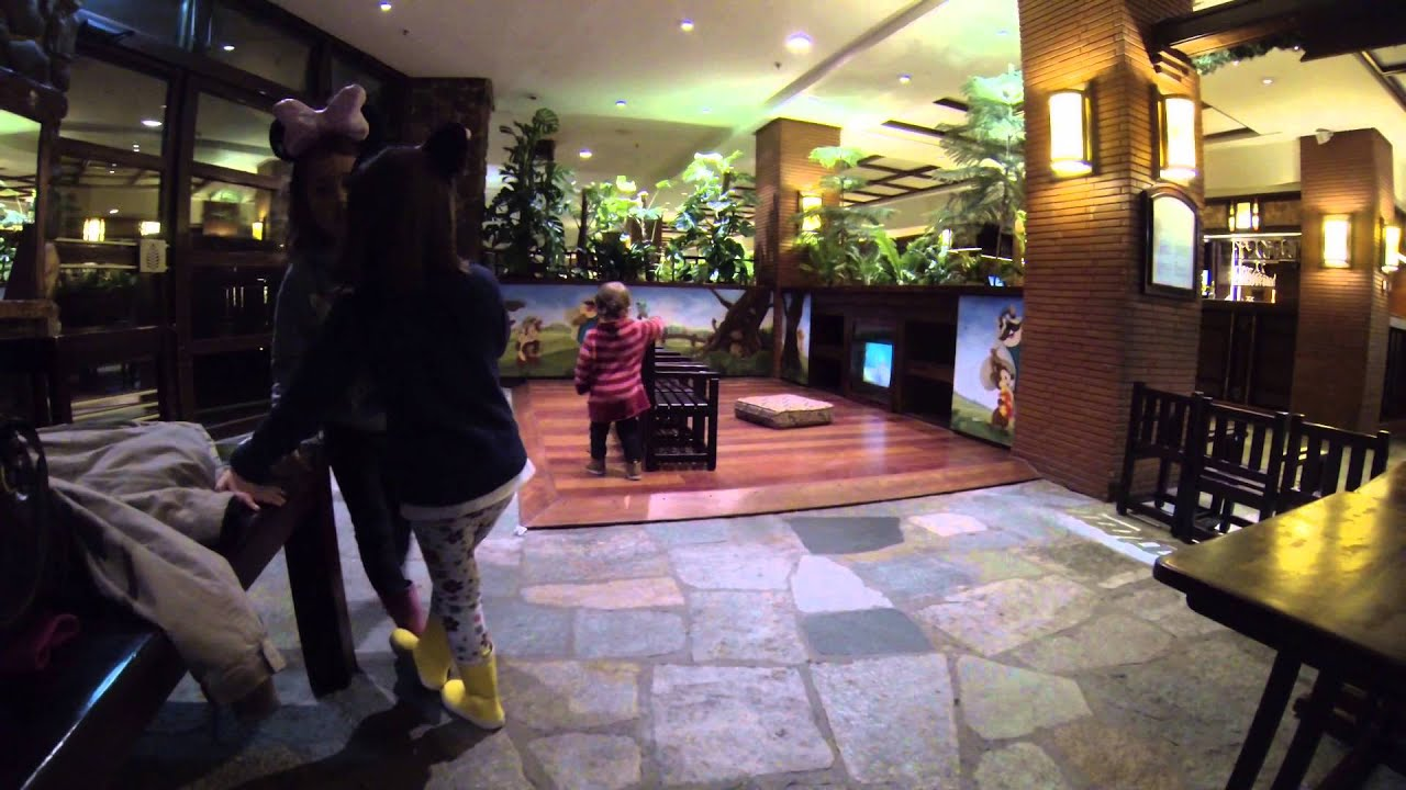 Disney 39 s sequoia lodge hotel disneyland paris kids - Explorer hotel paris swimming pool ...