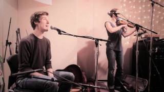 Ben Sollee and Daniel Martin Moore - Dear Companion (Live on KEXP)