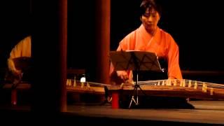 2013年 下鴨神社名月管絃祭より。 演奏:琴綾会。 錦綾子と島崎春美...