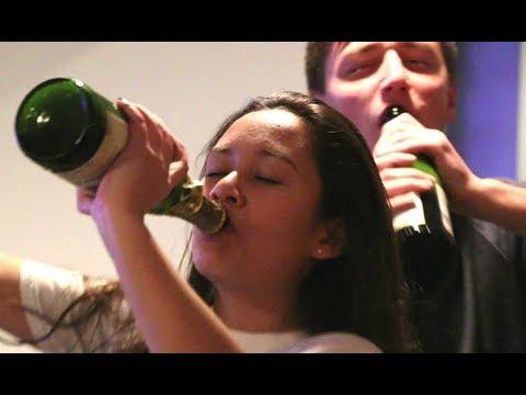 Jamaican Party gone wildKaynak: YouTube · Süre: 4 dakika24 saniye