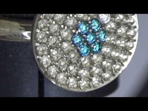 Micro Pavé - 1,3mm blue and white diamonds - vandoorendiamonds