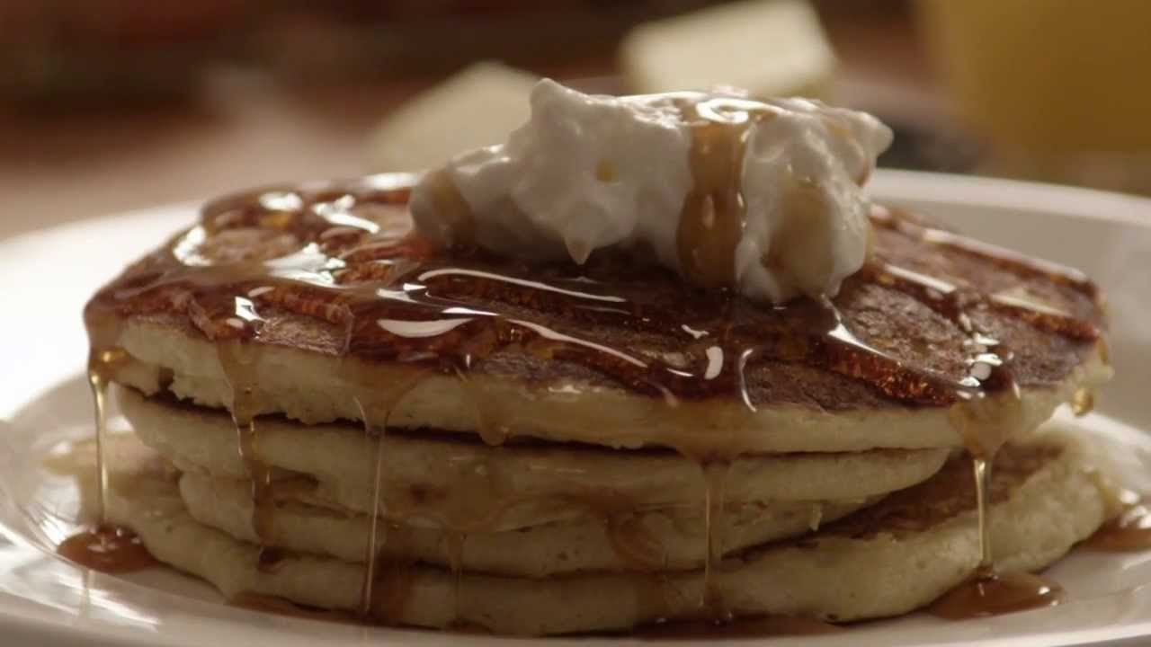 How to Make Pancakes - Fluffy Pancakes Recipe - YouTube