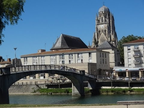 Saintes charente maritime youtube for Brocantes en charente maritime