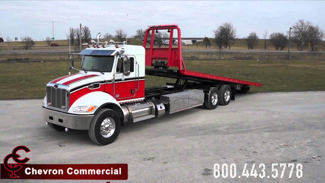 Peterbilt 348 Extended Day Cab with Chevron 30' Steel LCG ...