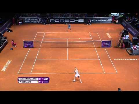 Caroline Wozniacki (DEN) vs Carla Suárez Navarro (ESP) - Porsche Tennis Grand Prix 2015
