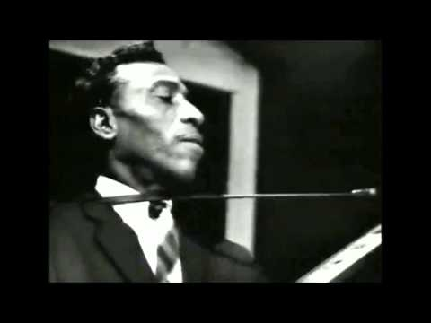 T-Bone Walker- Dont Throw Your Love On Me So Strong