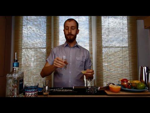 Как пить текилу - 3 способа: с сангритой, спрайтом, солью и лаймом