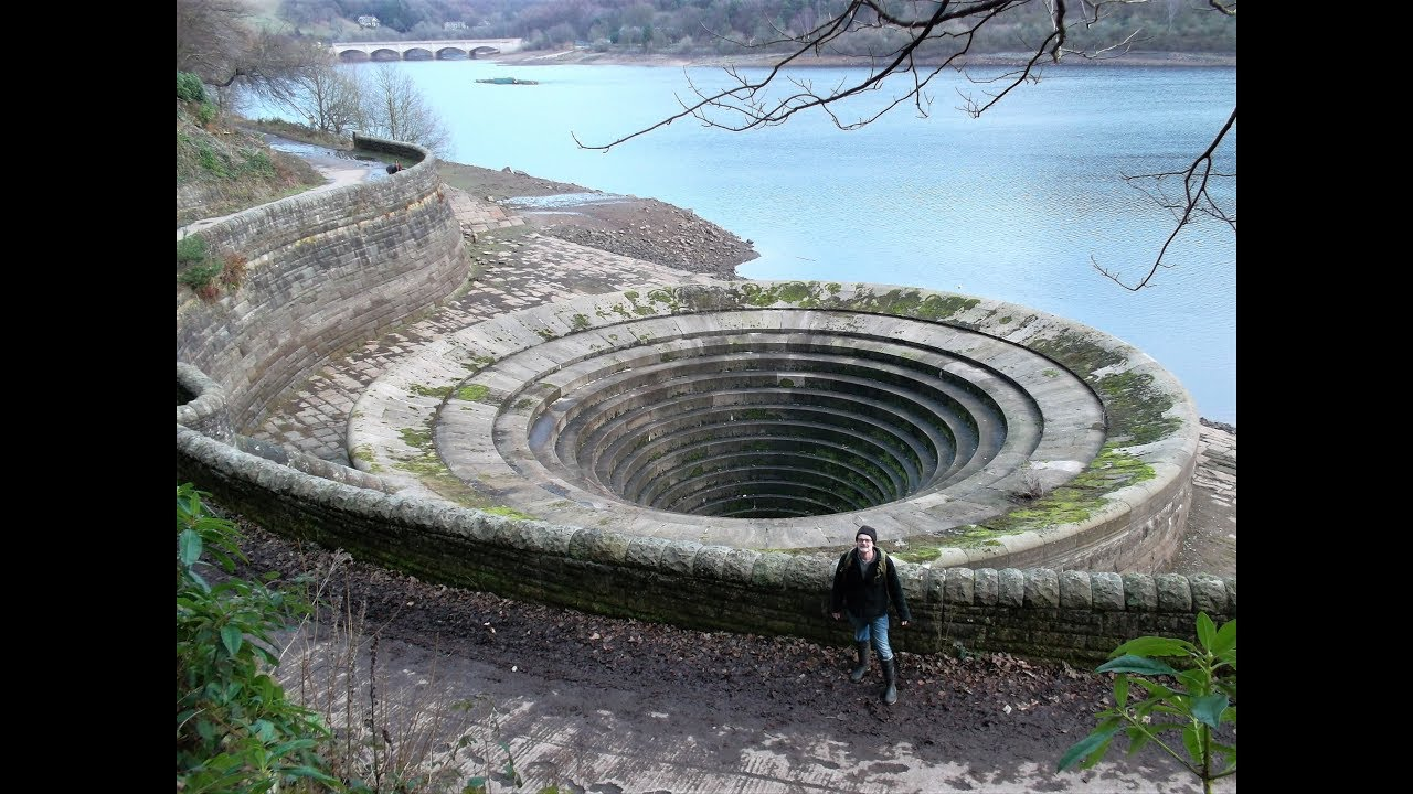 hight resolution of ladybower reservoir plughole explore inside and out