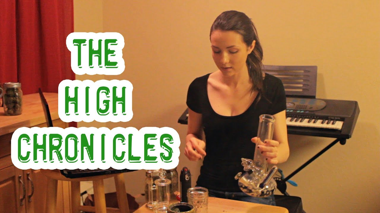 The High Chronicles (THC) - IS IT SEXY WHEN GIRLS SMOKE?