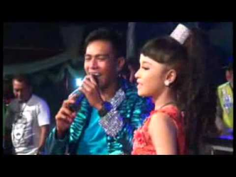 Biru nya Cinta Tasya ft Gerry New Pallapa live Jombang
