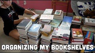 Organizing My Bookshelves // Vlog