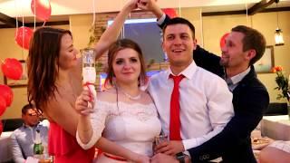 Ведущий -тамада в СПБ Амосов Михаил -самые веселые свадьбы!