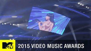 360 VR: Nicki Minaj Confronts Miley Cyrus on Stage | MTV VMA 2015