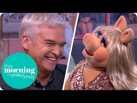 Kermit the Frog and Miss Piggy Are Very Happy Just Being Friends | This Morning