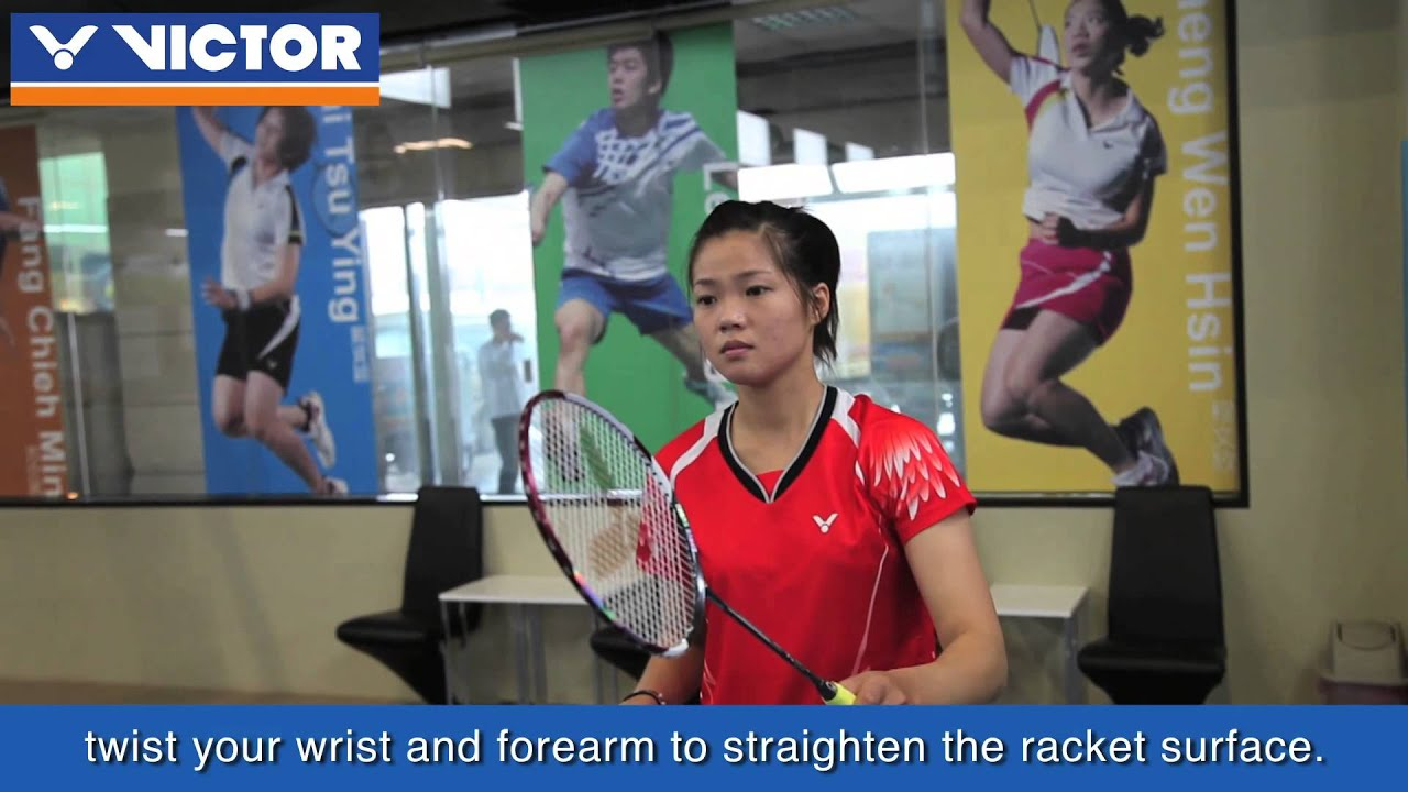 how to hold a tennis racket correctly