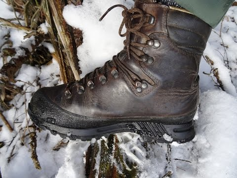 f3b3410fa0a6 Trekové boty Hanwag Alaska... - YouTube