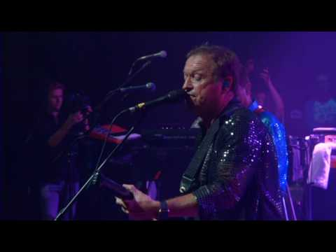Level 42 - Love Games - Sirens Tour Live - 2015