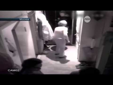В центре Москвы риэлторы выживают мать и дочь из квартиры