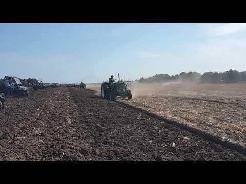 Oliver 990 Plowing 371 Detroit Diesel