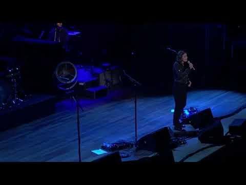 "Brandi Carlile ""A Case Of You"" (Joni Mitchell Cover) Night 6 Of The Ryman Residency"