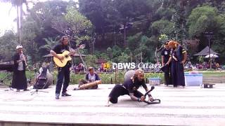 Video Pawang Ular (Teras Cikapundung, 5 March 2017) - part 2 download MP3, 3GP, MP4, WEBM, AVI, FLV November 2018