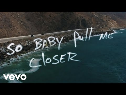 The Chainsmokers – Closer (Lyric) ft. Halsey