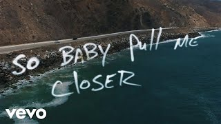Repeat youtube video The Chainsmokers - Closer (Lyric) ft. Halsey