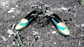 Watch Steam Powered Giraffe Fancy Shoes video