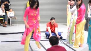 Vietnamese Folk Dance in Sheffield 19 2 2016
