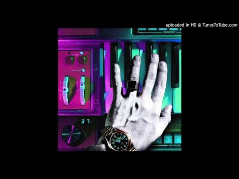Chromatics – Tick Of The Clock (Hotel International Edit)