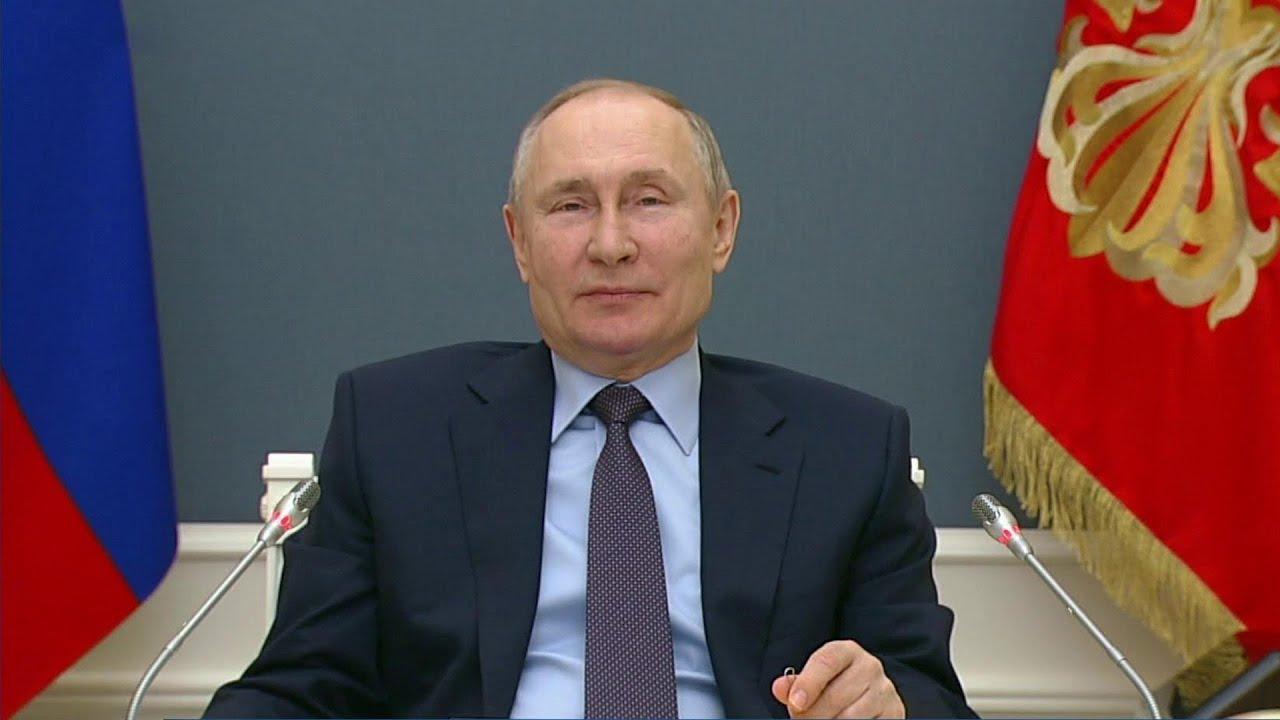 Владимир Путин сообщил, что получил уже второй компонент вакцины от коронавируса.