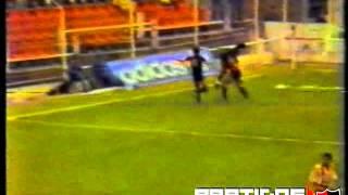 1987-88 - Campeonato Argentino - Fecha 26 - Union SF 0 - 2 Newell