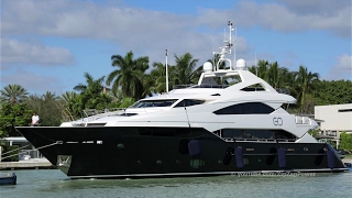 40 Meter Sunseeker | CHIQUI arrives at Yachts Miami Beach